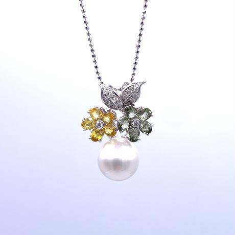 WGカラーサファイア・パール・ダイヤ  ネックレス