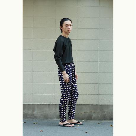 goto asato Select Slim Trousers〔GA-TR03Z〕(01:紫地に白黄ピの四角柄)