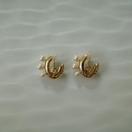 〈DE-ER179〉pearl macaroni earring/pierce