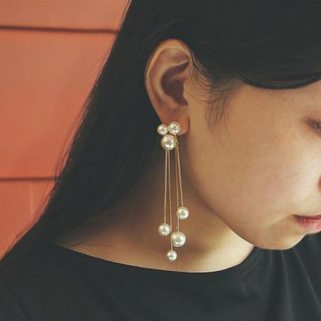 〈DE-AP207〉cloud pearl pierced earring/earring