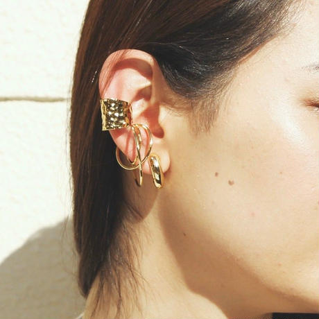 〈DE-ER178〉macaroni earring/pierce