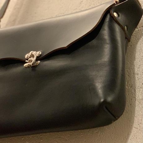 Horizontal Latch Pouch (IPAD) / Fernand  Leather