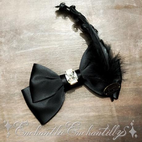 【アトリエサロン限定】宝石リボンブローチ enchanterの羽根つき