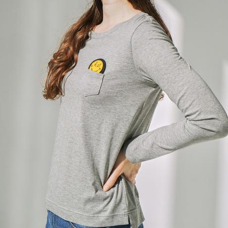 1810115 e.siワッペン付きクルーネックTシャツ
