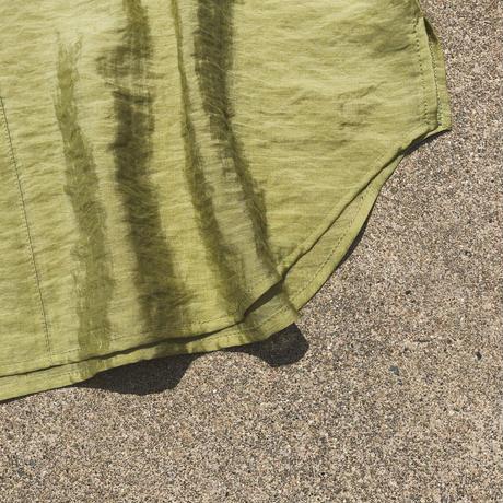 BACK SLIT SHEER SHIRT〈GREEN〉