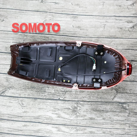 テールランプ付き カフェレーサー シート SR400/500 W400 GB250 250TR ST250 グラストラッカー GN125 CG125 YB125SP CB1100 XSR9