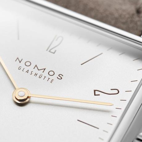 NOMOS Glashütte / Tetra 27 duo / TT1A21W1 / 2019年モデル