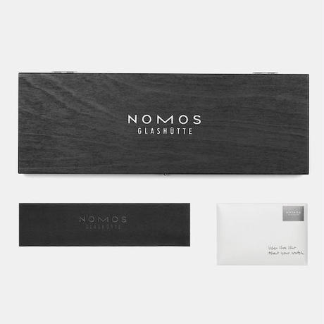 NOMOS Glashütte /「Four Seasons」Tangente「春」33mm /  TN33HARU / 日本限定モデル (2020年3月発売)
