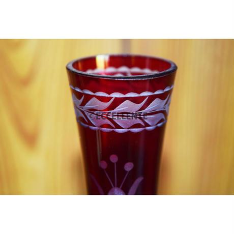 【ヴィンテージ雑貨】カッティング赤ガラス 一輪挿しフラワーベース