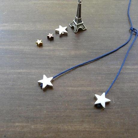 DANILA PARIS Deux étoile ネックレス ネイビーカラー 星のチャーム・スターチャーム
