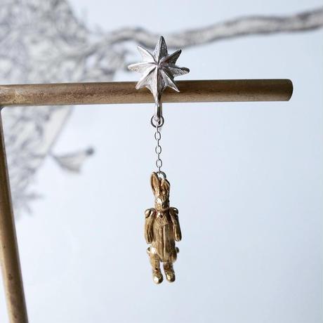 【受注制作】星とぬいぐるみのうさぎのイヤリング