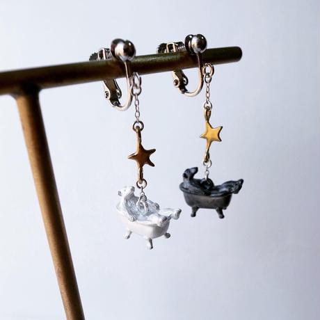 【受注制作】星を見るくまのイヤリング・ピアス