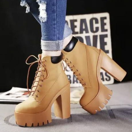 【2colour】Thick-soled boots for beautiful legs