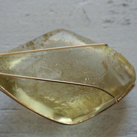 豊かさをもたらすゴールドの光★リビアングラス