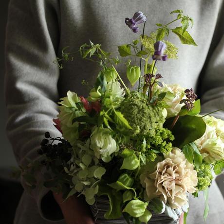 フラワーアレンジメント母の日ギフト mother's day arrangement M size