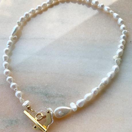 cream lace necklace .