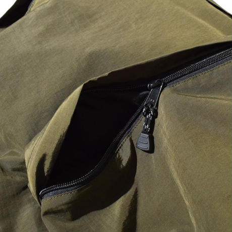 Wide Large Commute Run Ruck(Olive) E8000429
