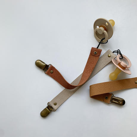 Leather dummy clip