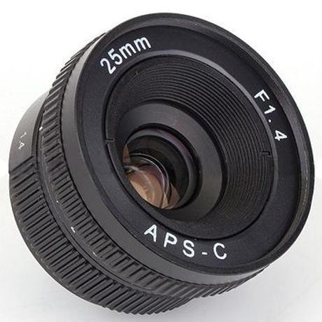 Cレンズ 25mm f1.4ミラーレス専用