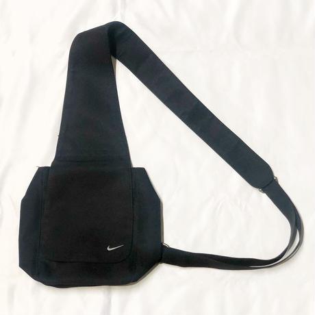 90s NIKE Body bag