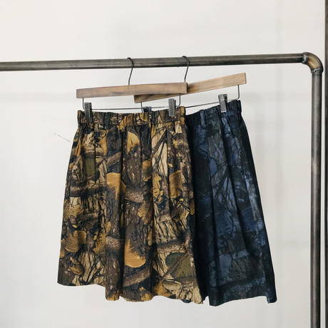 women's Real tree wide shorts