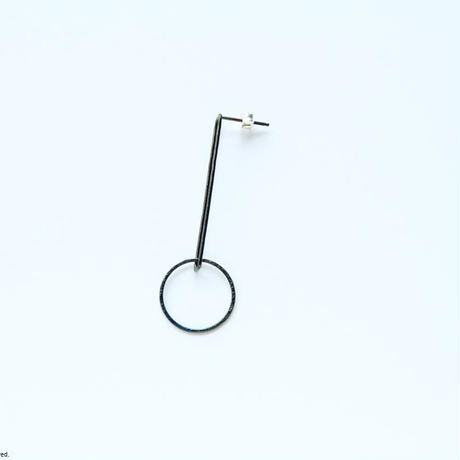 Swing earring  / BK