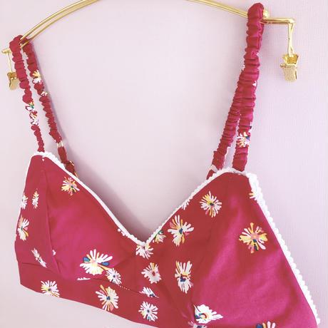 Daisies scarlet cotton bra