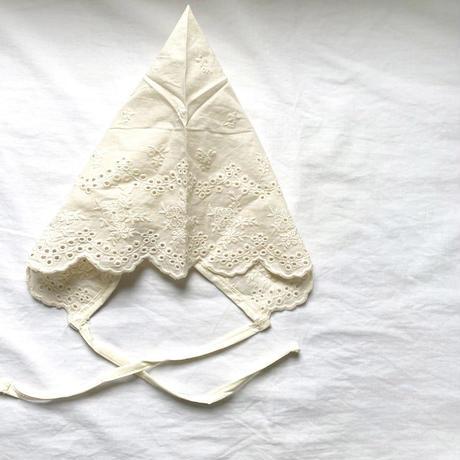 triangle lace bonnet