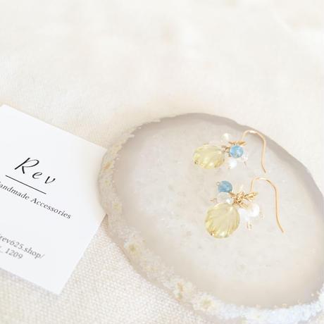 リーフカービングレモンクォーツ×小粒天然石(ブルー)のピアス(イヤリング) K14GF