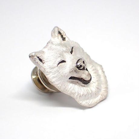 笑顔の柴犬ブローチ(white)