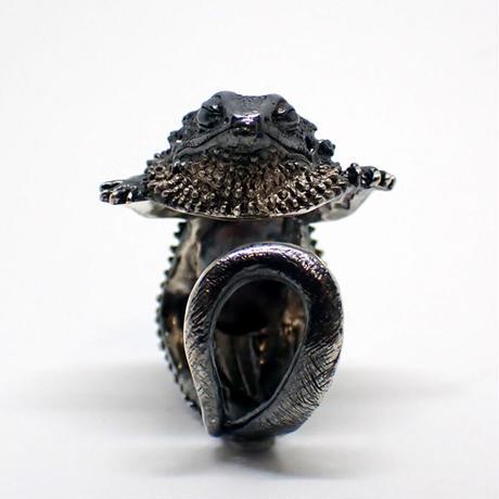 フトアゴヒゲトカゲ居眠りリング(black matte)