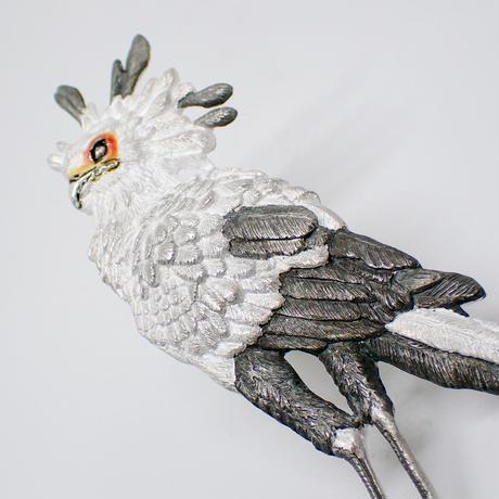 ヘビクイワシ全身ブローチ(white&color)
