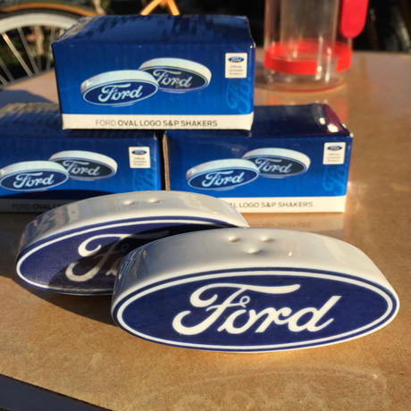 Ford オーバル ソルト & ペッパー