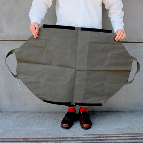 FIREWOOD CARRIER  /  PUEBCO