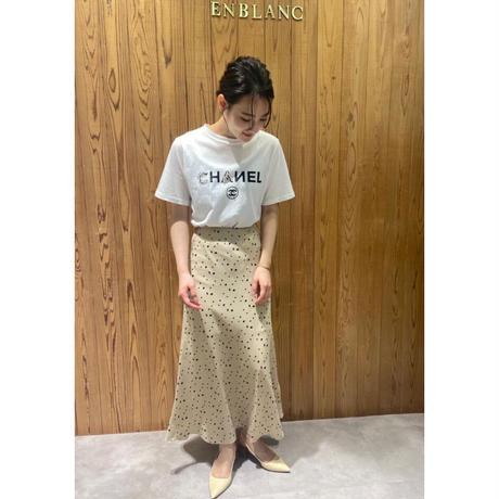 サテンドット柄スカート