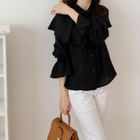 collar ribbon blouse