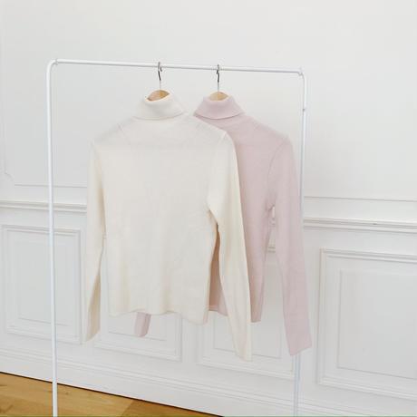 point turtleneck knit