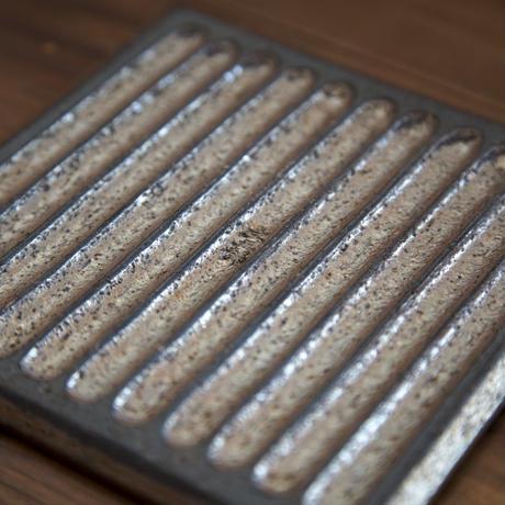 板皿(リバーシブルソーサー)小 今回は分厚いタイプになります B-016