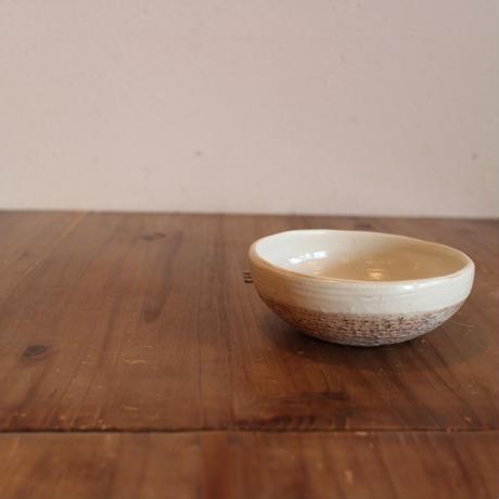 渕荒横彫 鉢(Φ13) Rフチアヨ 117