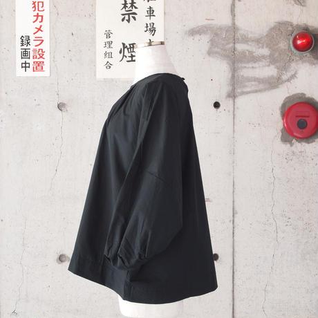 【women】a piece of Library〈ピースオブライブラリー〉 ローレンスブラウス (No.416105) BLACK