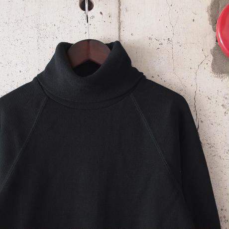 Manual Alphabet〈マニュアルアルファベット〉 HALF FRAISE TURTLE NECK TEE BLACK