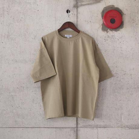 【unisex】Ordinary fits〈オーディナリーフィッツ〉UNISEX TEE BEIGE