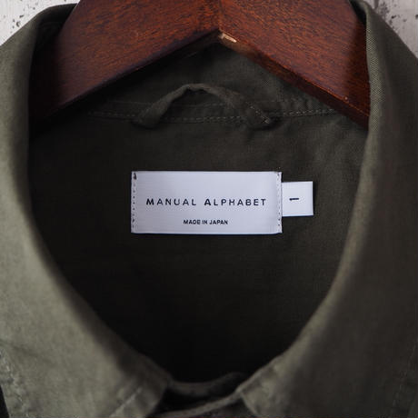 【unisex】Manual Alphabet〈マニュアルアルファベット〉 GABERDINE OVERDYED SHIRT COAT KHAKI