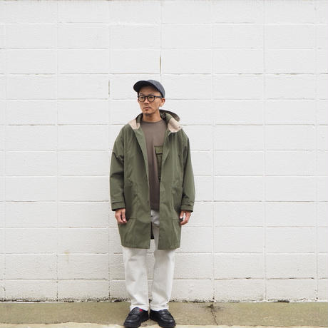 Manual Alphabet〈マニュアルアルファベット〉 WHETHER HOOD OVER COAT OLIVE