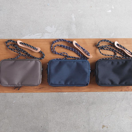 Butler Verner Sails〈バトラーバーナーセイルズ〉  SACOCHE BAG  KHAKI/NAVY/BLACK