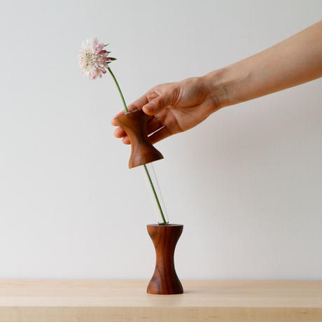 flower vase  L  walnut
