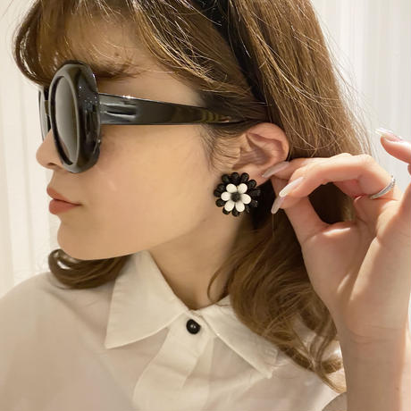flower vintage earring(No.4025)