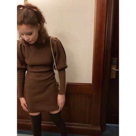 arm volume knit onepiece brown