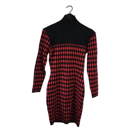 diamond pattern knit one-piece