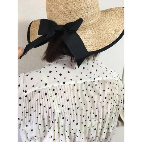 dot design pleats blouse